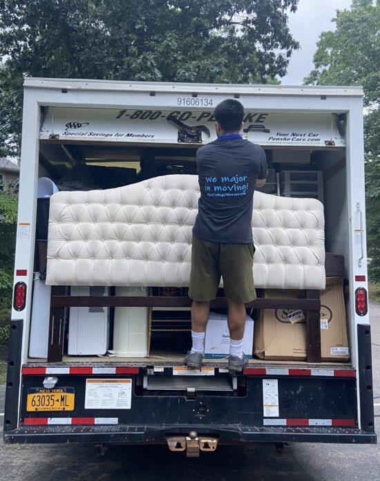 College Movers providing moving labor